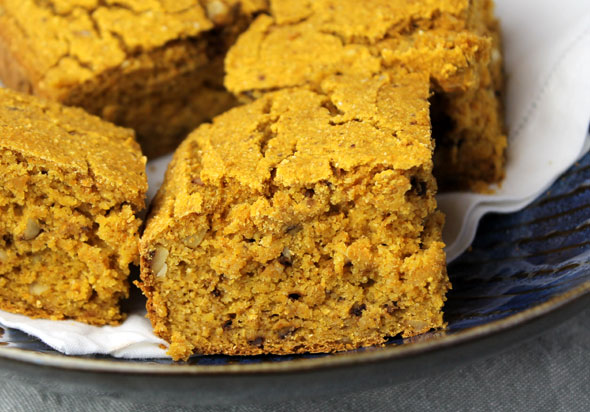 Pumpkin Walnut Cornbread