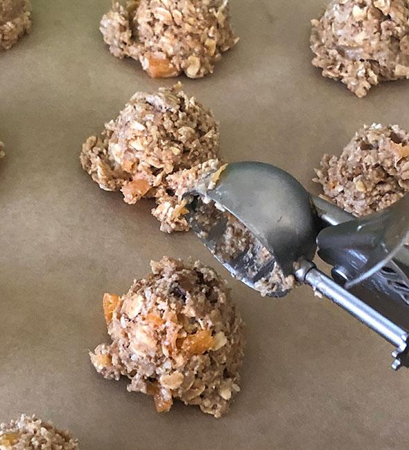 Apricot-cardamom Oatmeal Cookies
